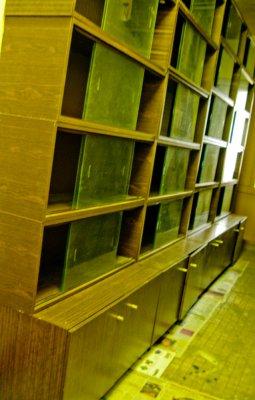 книжные полки, тумбы