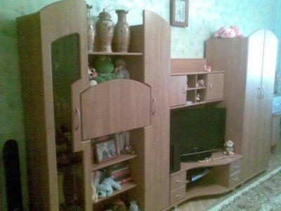 Стенка Олимп в комнату в отличном состоянии недорого