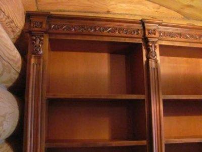 Встроенная мебель из массива на заказ